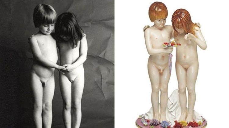 Naked - Links de foto van Bauret, rechts het beeld van Koons
