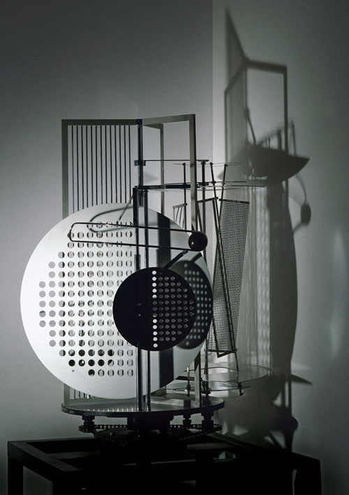 Light Space Modulator - Laszlo Moholy-Nagy