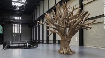 Ai Wei Wei - Tree