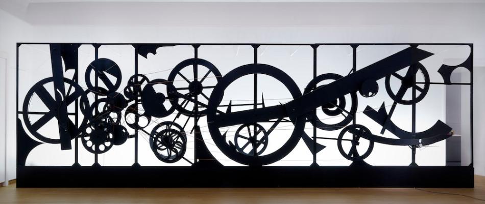 Nieuw Tinguely brengt het Stedelijk Museum in beweging – //Vensters BE-81