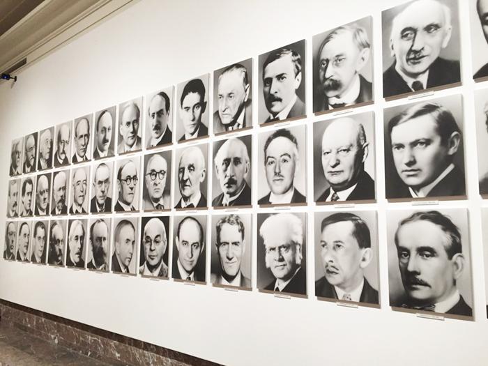 Gerhard Richter - 48 portraits