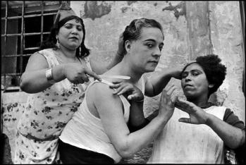 Henri Cartier Bresson - Valencia Province. Alicante. 1933. © Henri Cartier-Bresson / Magnum Photos