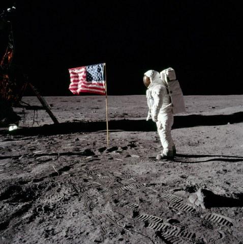 Buzz-Aldrin-Flag
